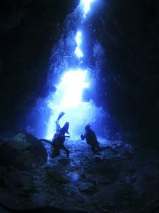 新田洞窟3